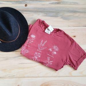 NWT Dirtee Laundry Wildflower print shirt